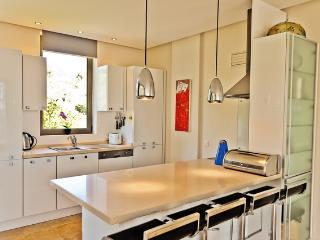 Built in kitchen with all white goods
