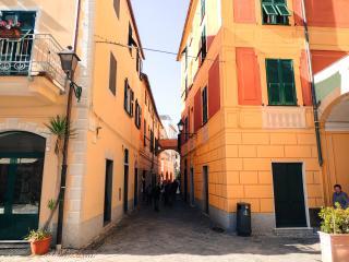 Appartamento Borgo Marino a due passi  dal mare, Albisola Superiore