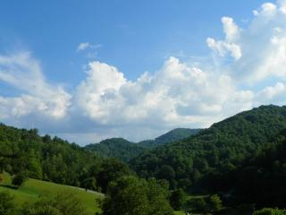 A Valley View, Valle Crucis