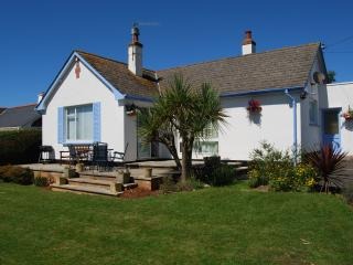 Braemar - Holiday Bungalow in Croyde, North Devon