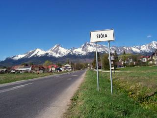 Stola village and its surroundings.