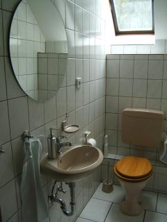seperate Toilette