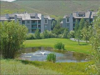 Overlooks Elkhorn Golf Course - Recently Refurbished (1047), Ketchum