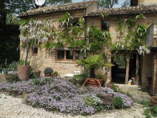 Casa Vicino Rita, Falerone