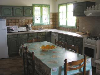 La cuisine équipée du Gîte du Logis de Chalons