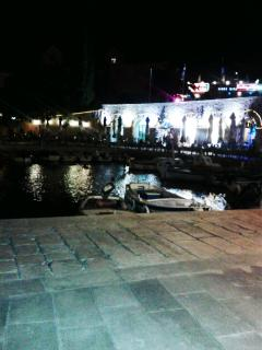 Bol harbour and cafes at night