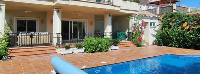 Pool and Ground Floor Terrace.