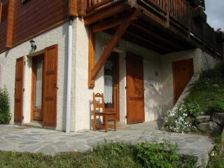 Chalet Trolle, 4 pers, grande terrasse, pied piste, Les Orres