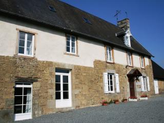 La Maison Du Chene Beautiful, spacious and tastefully renovated manor house