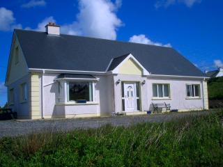 Holiday cottage beside Derrybeg, Brinlack