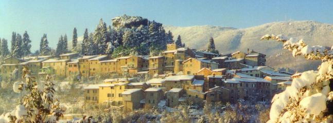 Cetona at Christmas (panoramic view)