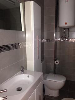 Luxury Bathroom new Oct 2013