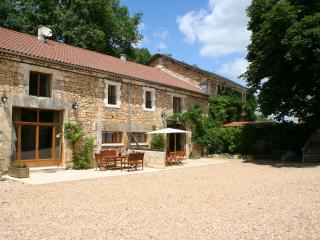 Le Chai Gite 5* and 4 Cles Luxury, Brantome