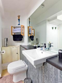 Bathroom with ceramic mixer tap