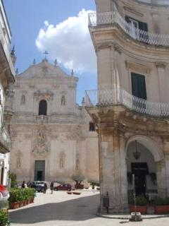 Martina Franca's baroque church and piazza