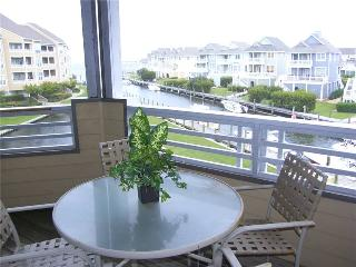 Spacious 3BR w/ covered deck - Buccaneer Village #622, Manteo
