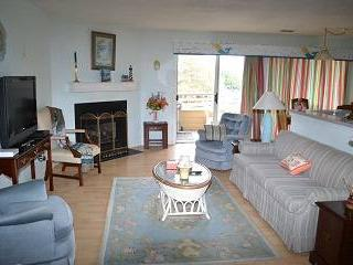 Canalfront 2BR with Wi-Fi - Buccaneer Village #313, Manteo