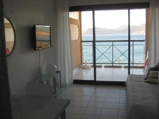 Apartment - exceptional sea vi