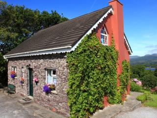 Charming Fuchsia Cottage, Kenmare, Co. Kerry