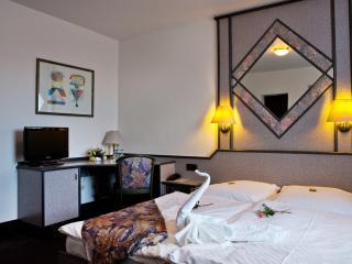 Single room Hotel ***