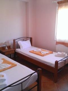 Upper floor twin bedroom