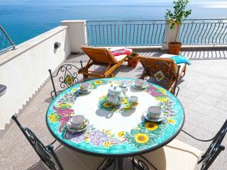 La Ulivella - Large Terrace overlooking the sea