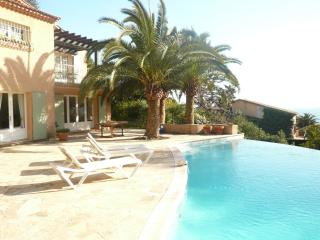 Villa  with lovely pool , seaview near Cannes, Theoule sur Mer