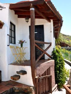 Entrada y Terraza Casa Rural