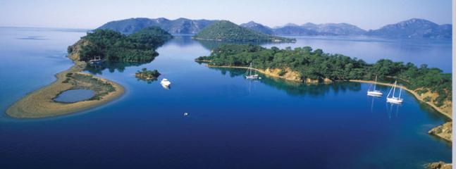 Boat trips to the Gocek islands for swimming