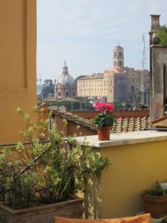 Dachterrasse mit Blick zum Kapitol