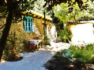 Casita Azul -  rural eco cottage on La Molina, Setenil de las Bodegas