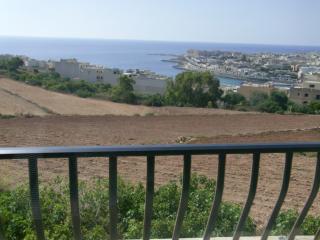 CAMEL FLATS, Marsaskala
