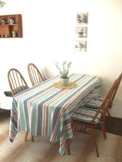 The Beach House Croatia Dining area Pisak