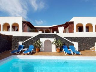 Apartamentos Los Riscos, Playa Blanca