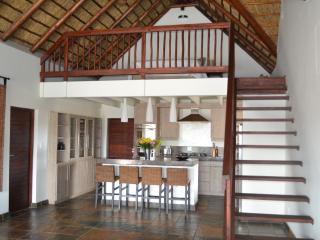 Mavalo Lodge
