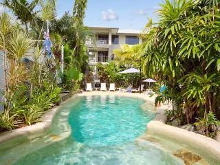 Tranquil Palms, Trinity Beach