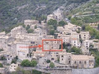 Simiane le village