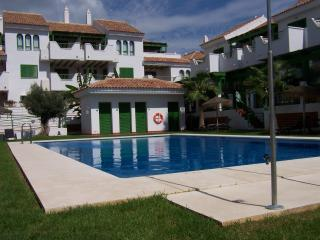 Own jacuzzi lovely spa resort, Puerto de la Duquesa