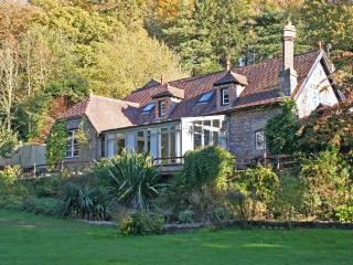 Coach House and cottages, Saint Briavels