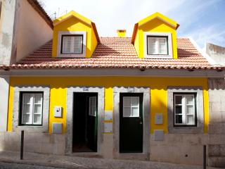 Typical house in the Castle - Mouraria in Romance, Lisboa