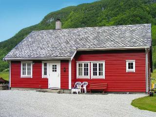 Ryohus, Haugesund