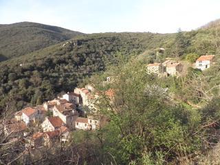 Le Lau (Earthsky top right).
