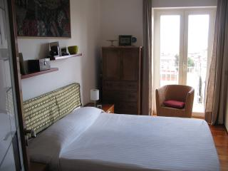 Private room - Breakfast -  Free Pick Up., Naples