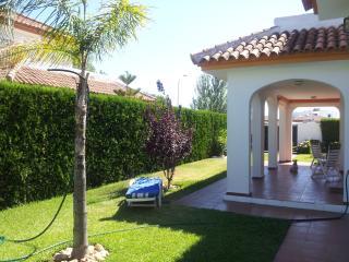 Casa en Matalascañas en parcela de 350m2, Almonte