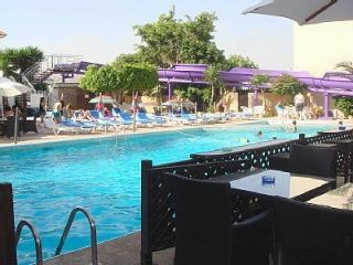 2b Meramis Pool - Apollonia beach, Limassol