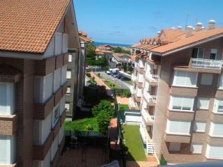 Alojamiento en Noja en urbanizacion con piscina