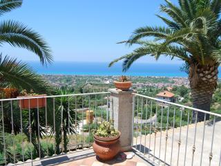 Villa con vista mare in Sicilia (Capo d'Orlando), Brolo