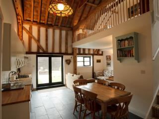 Swift Barn- luxury barn with gym & spa, Burnham-on-Crouch