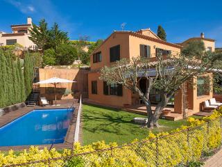 VILLA MAR BLAU. Idilic 3 bedroom villa in Begur