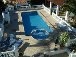 Benidorm Lynroys villa  golf sport club conference